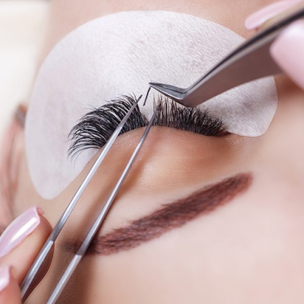 eyelash-extensions-review-t